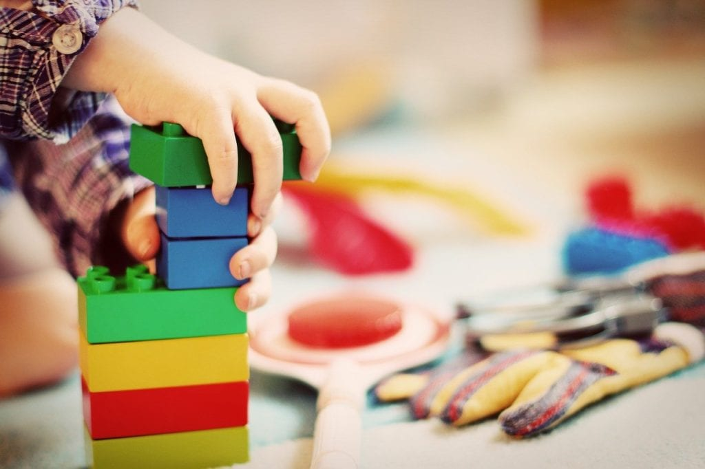 zabawy z dzieckiem w domu